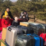 Ruske diplomate napustile zemlju na pružnim kolicima (VIDEO)