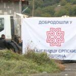 NOVI ŠATOR NA JARINJU Srbi već osam dana protestuju na administrativnom prelazu, a našli su načina da se izbore i sa kišom