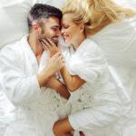 ŽENE OBRATITE PAŽNJU: Šta u krevetu najviše vole muškarci stariji od 40 godina? A u čemu uživaju mlađi?