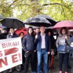"""""""Mi smo Vas birali, stojimo iza Vas"""" U Prijedoru skup podrške gradonačelniku, stigao i Pavlović sa ženom (FOTO)"""